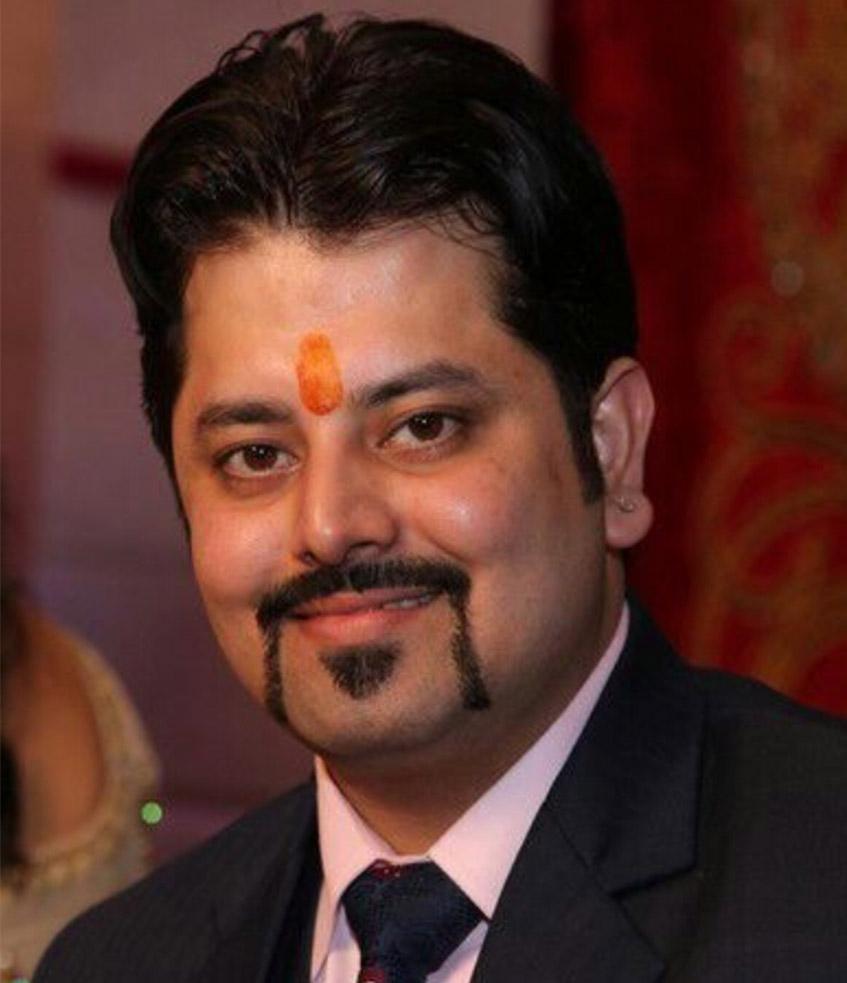 Dr. Asheesh Kapoor
